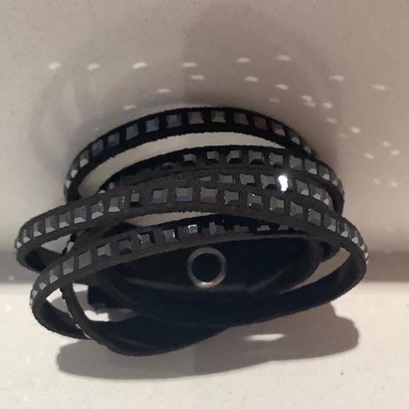 Swarovski Wrap-around Bracelet Black